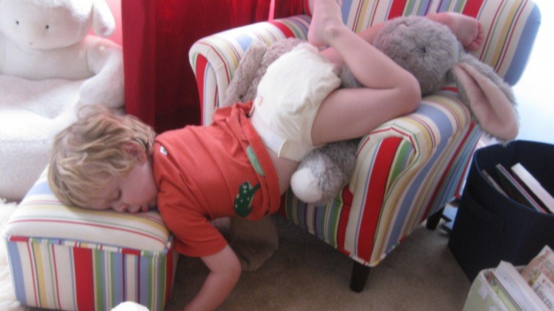 Спящий ребенок прикольный фото