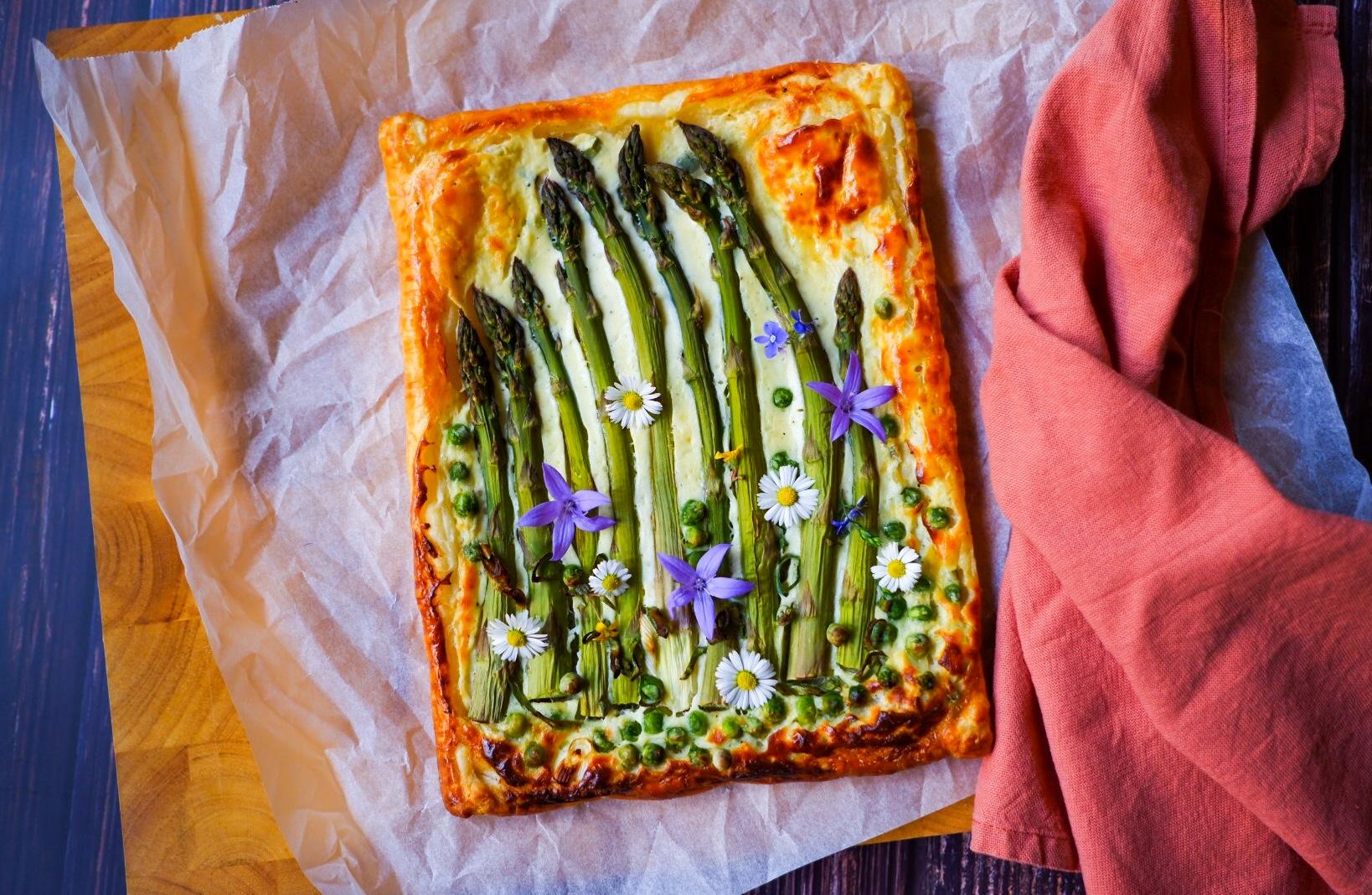 S Klárou v kuchyni: Chřestový koláč zlistového těsta