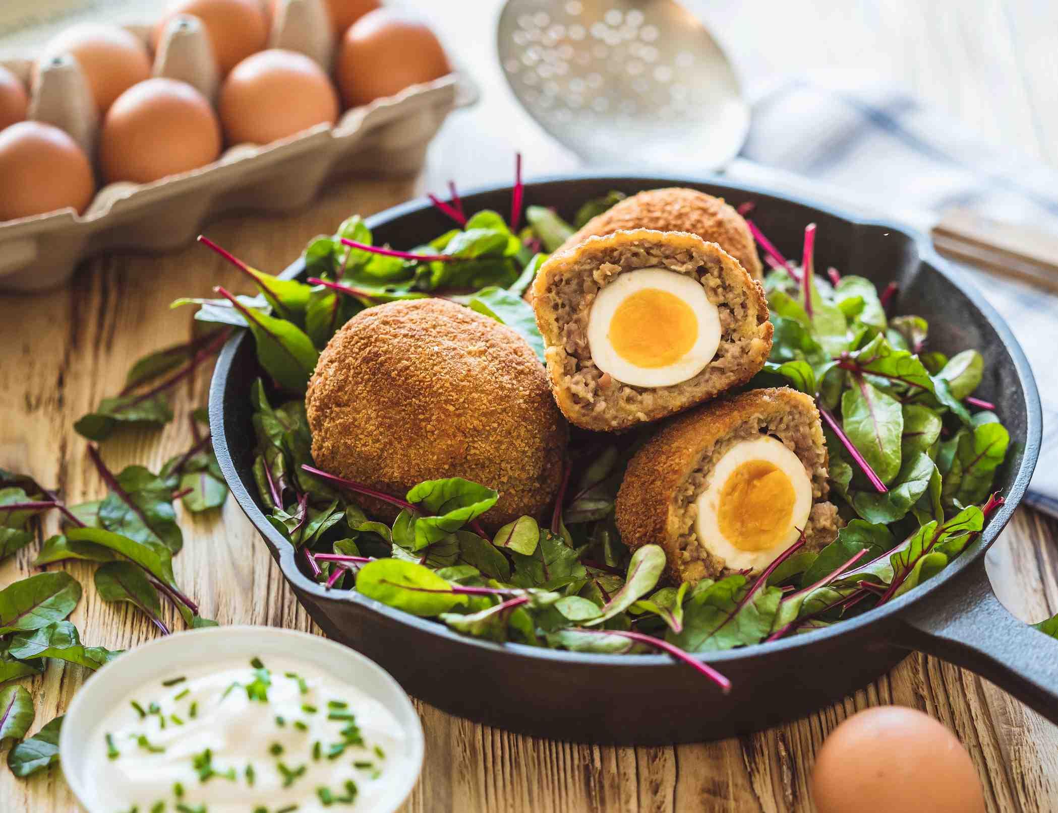 """Smažená """"pštrosí"""" vejce"""
