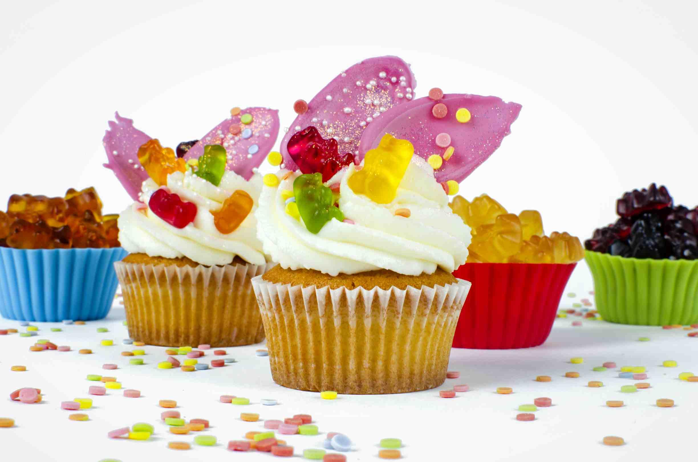 Haribo mandlové cupcakes plněné ovocnou směsí