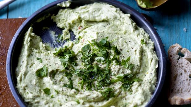 Pomazánka z kozího sýra a avokáda