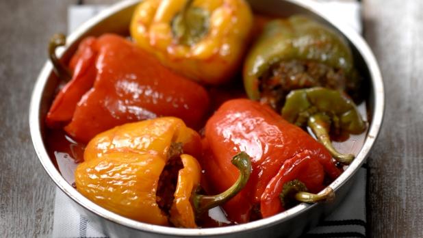 Plněné papriky vrajčatové omáčce