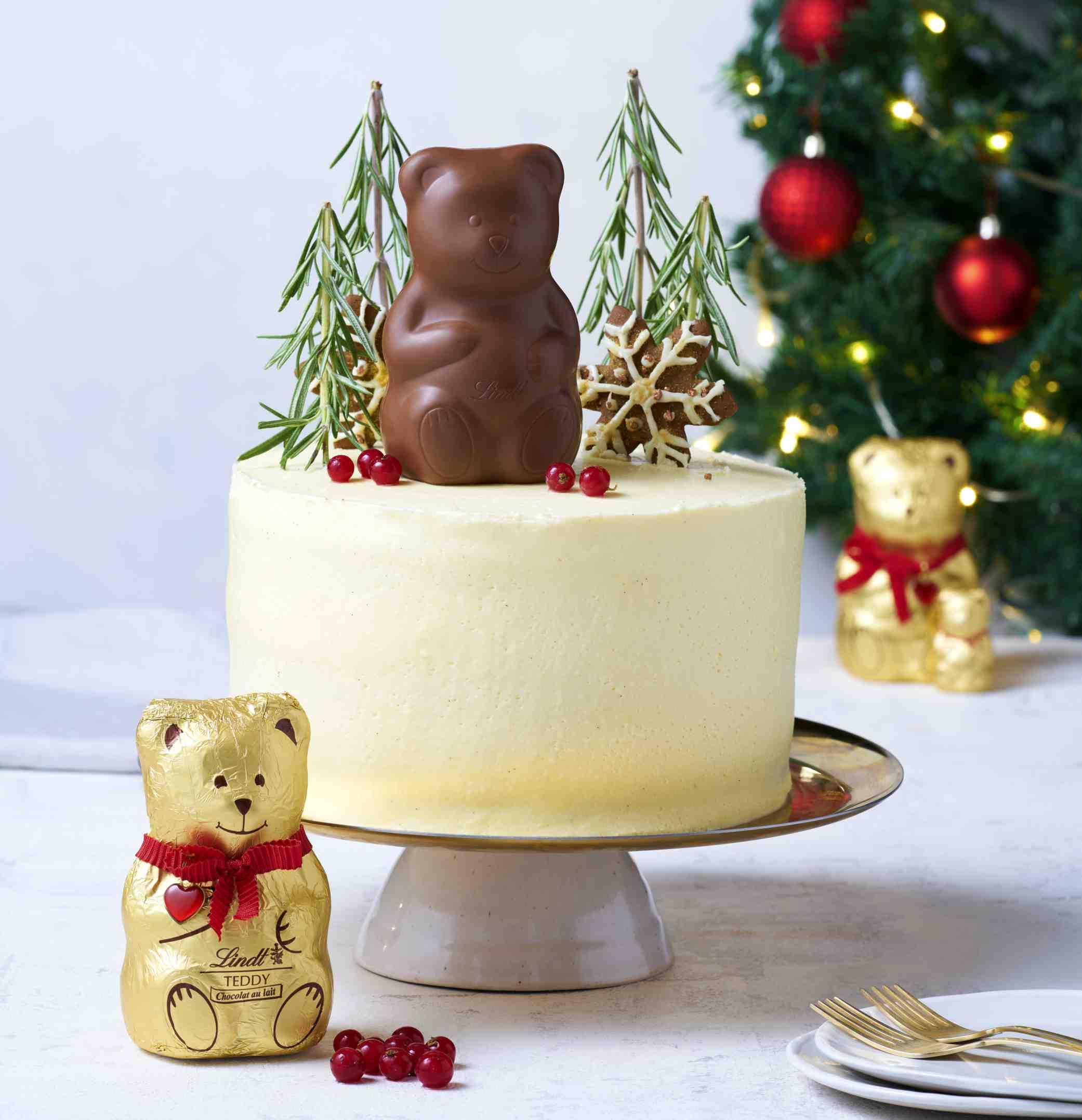 Vánoční perníkový dort skrémem zbílé čokolády