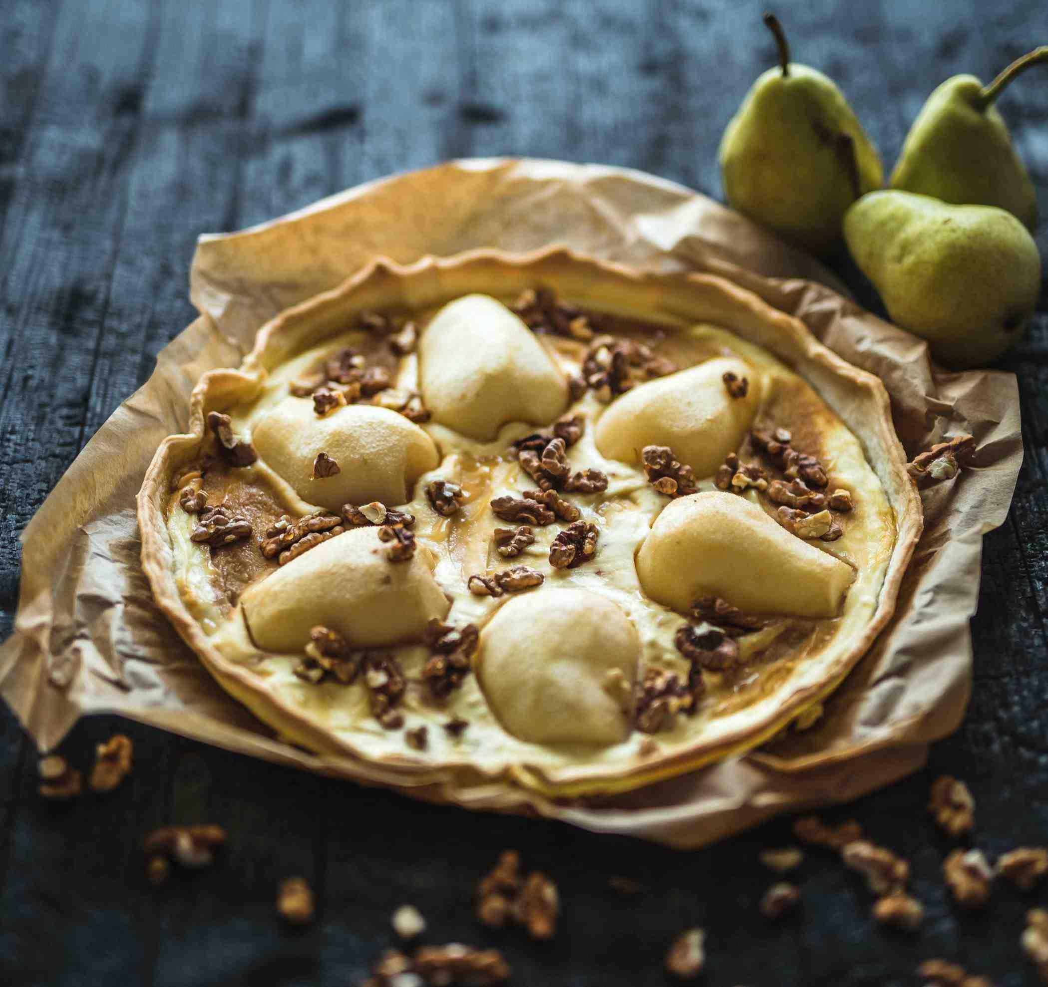 Hruškový koláč stvarohem avlašskými ořechy