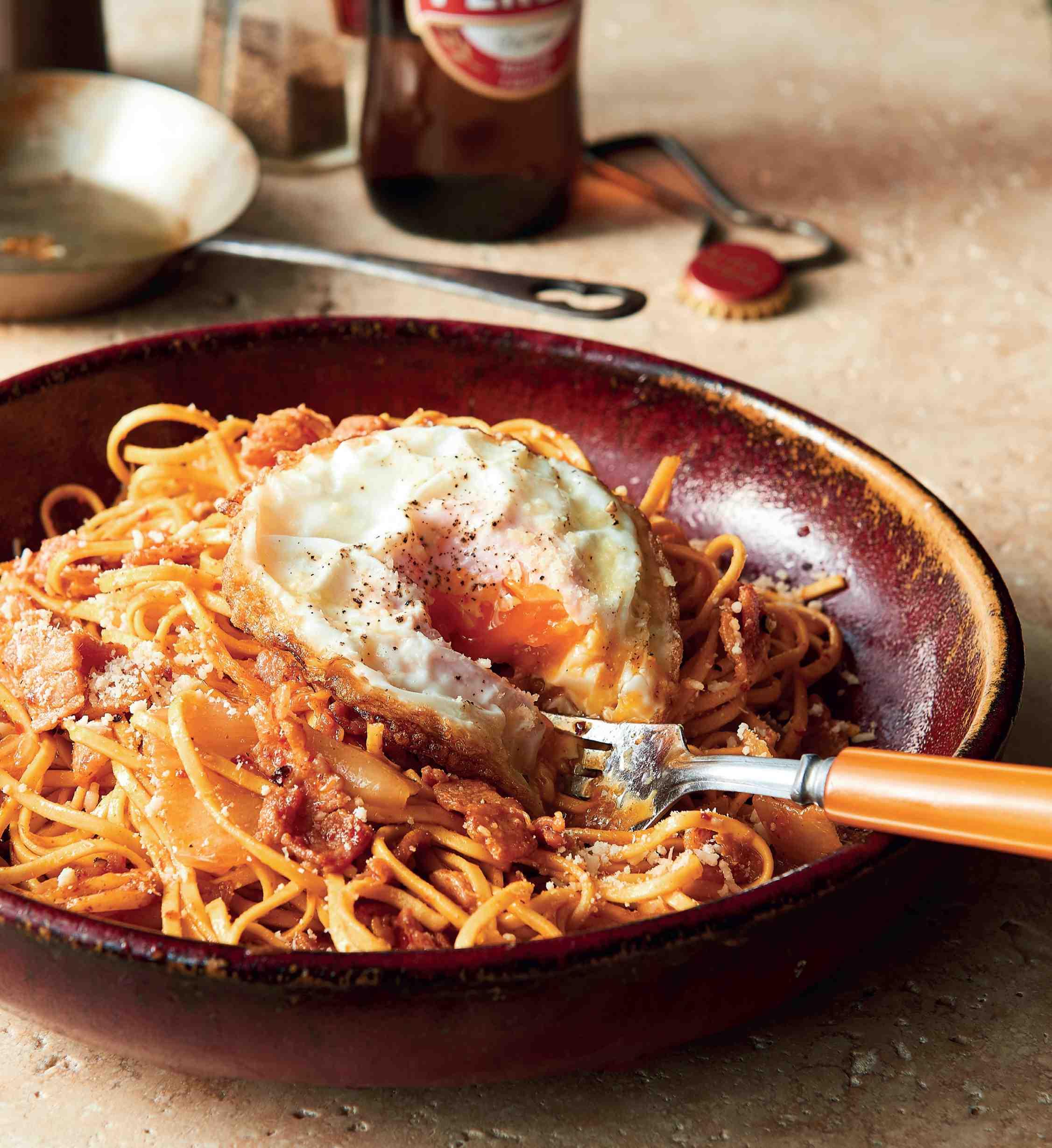 Těstoviny skimchi aslaninou