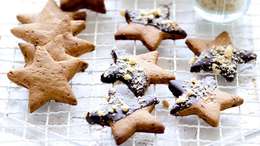 Datlové hvězdičky v čokoládové polevě