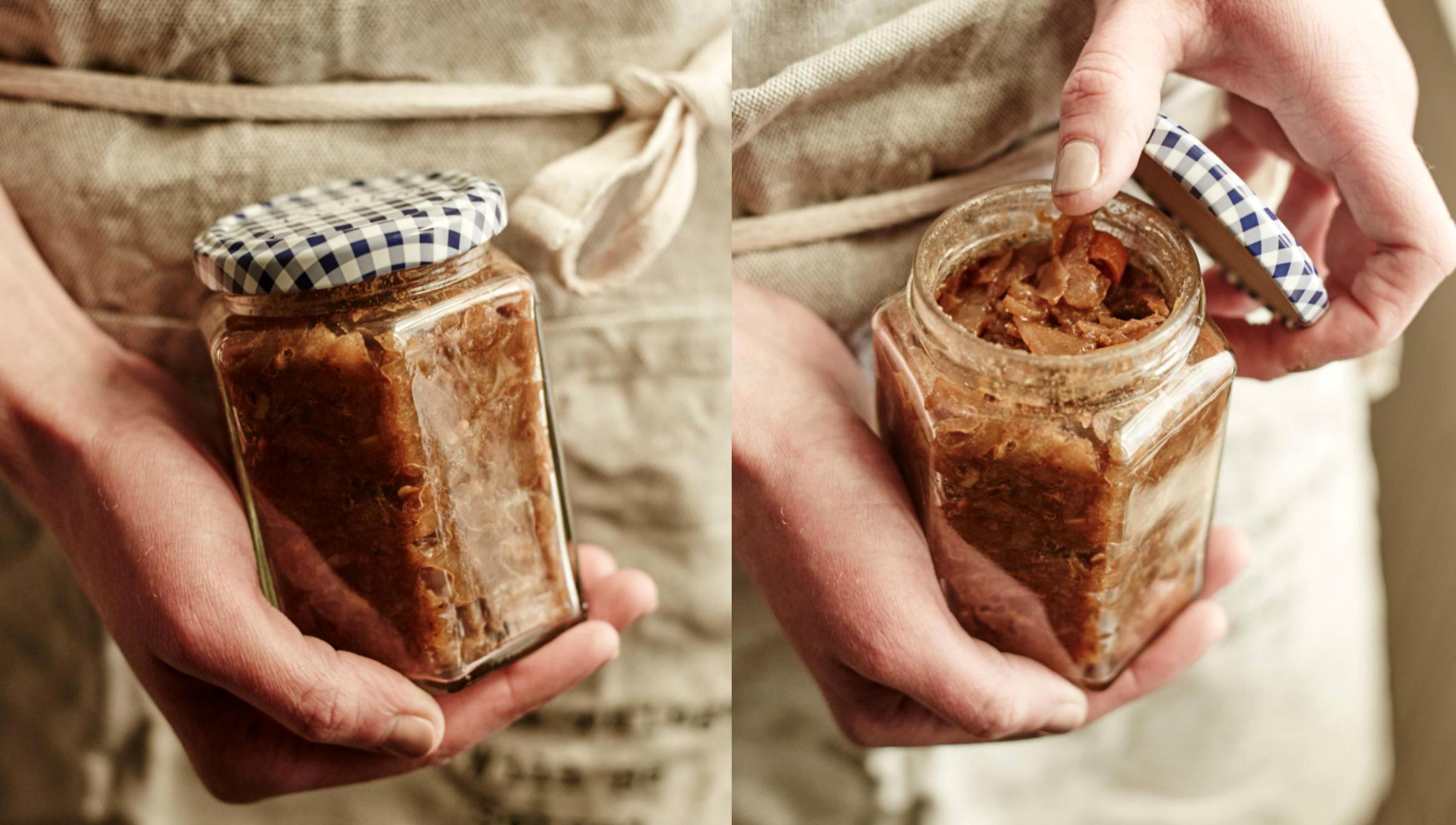 Kdoulové chutney scibulí arozinkami