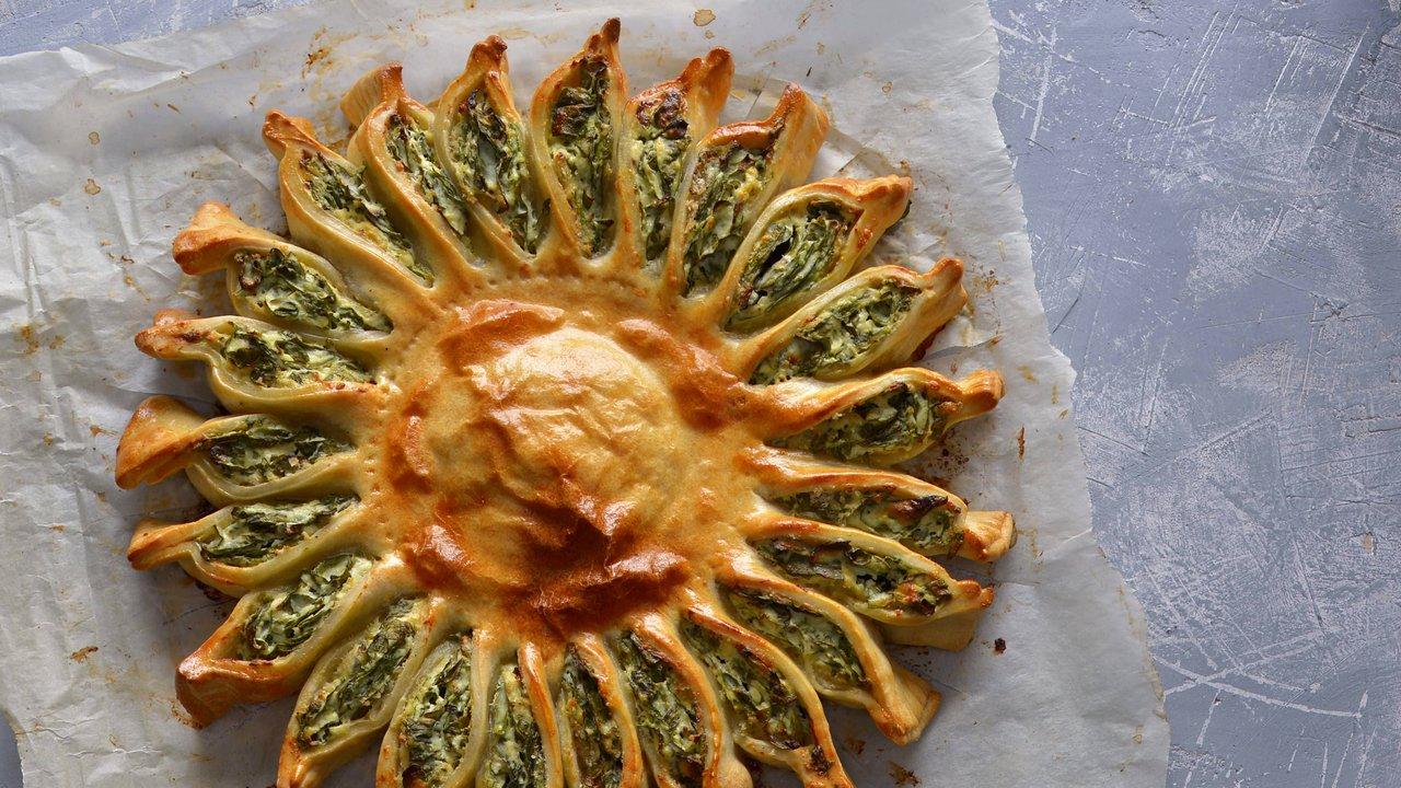 Špenátový koláč jako sluníčko