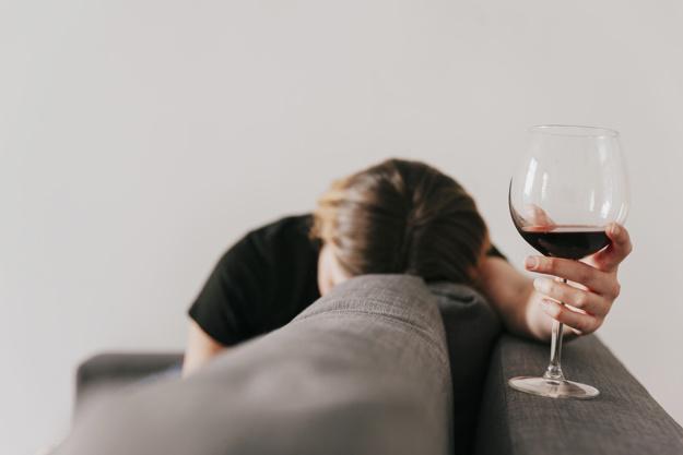 Randění s alkoholikem, který je střízlivý