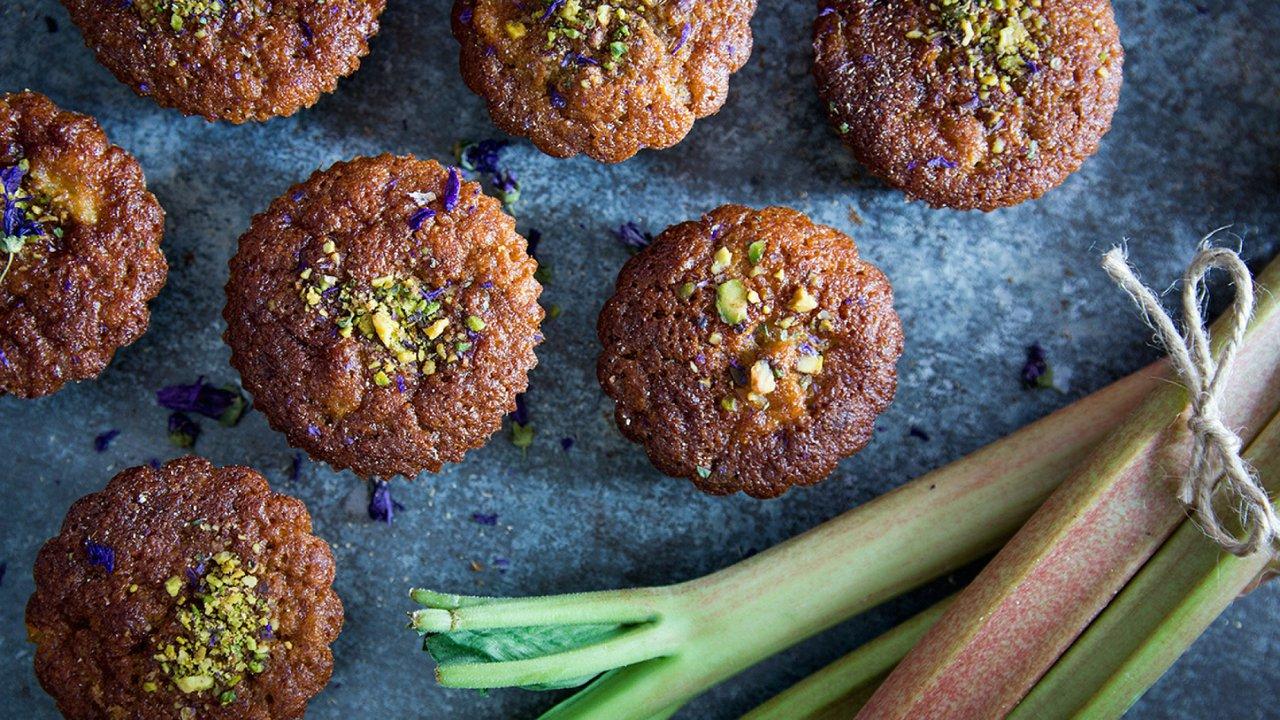 Pomerančové muffiny s rebarborou akardamomem