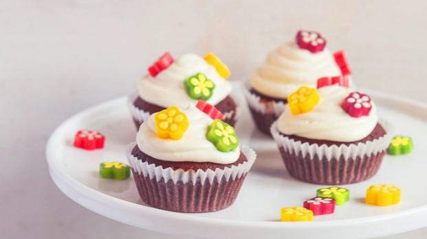 Květinové čokoládové cupcakes