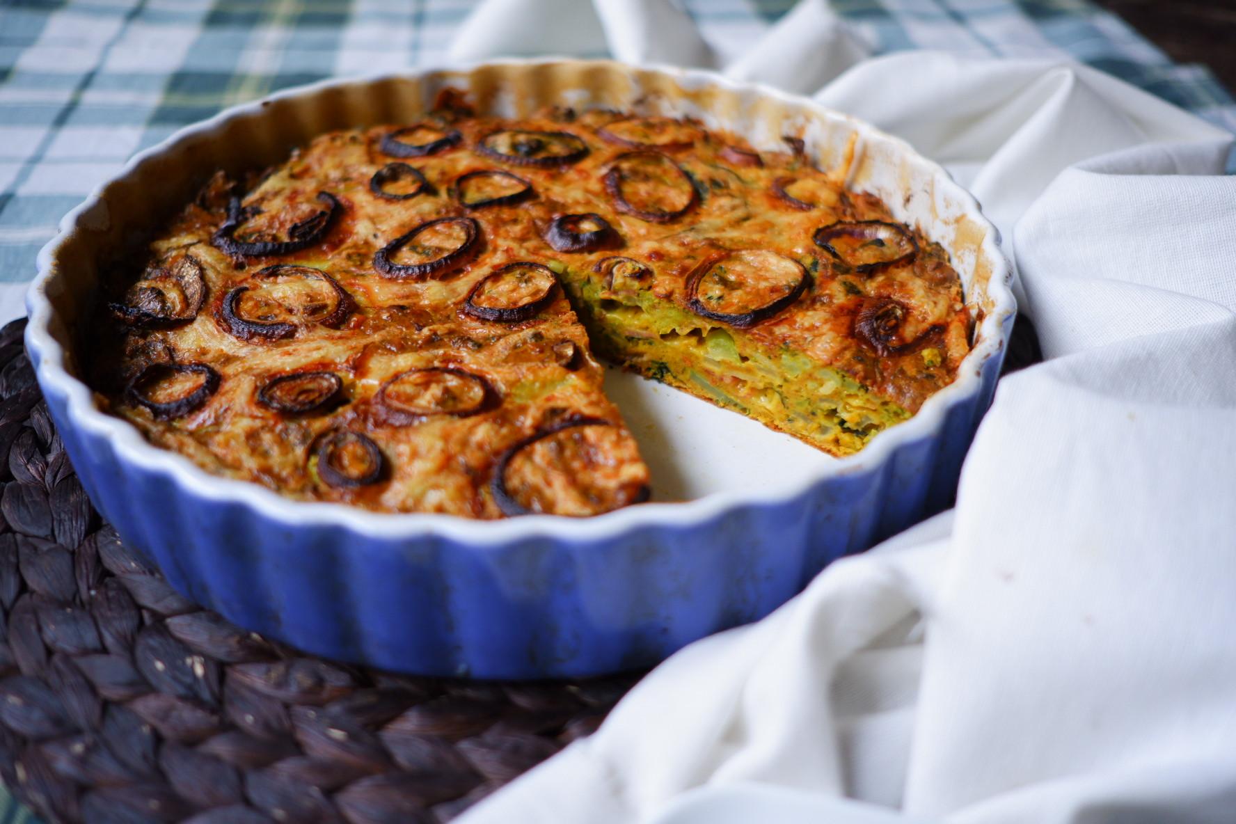 S Klárou v kuchyni: Brokolicový koláč suzeným masem aořechy