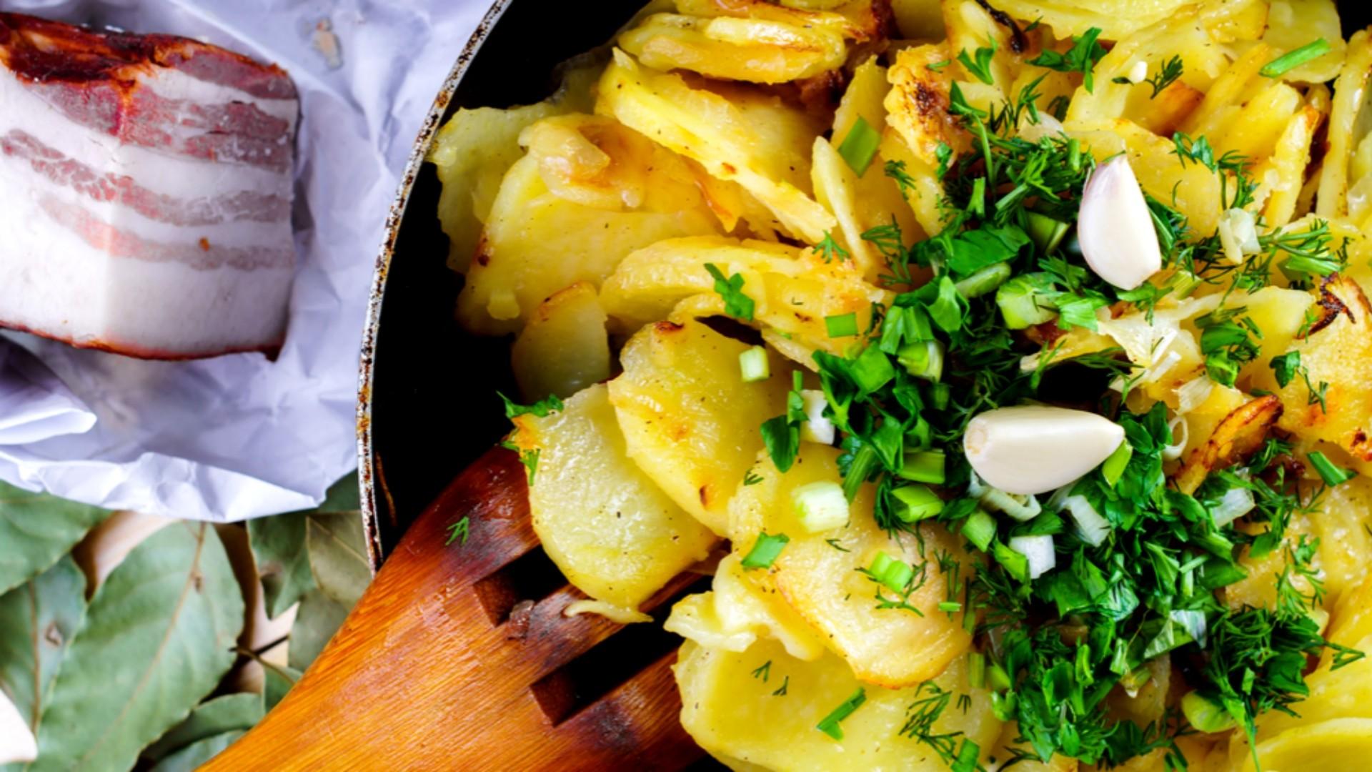 Česnekové brambory