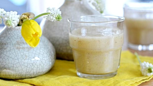 Hruškové smoothie schia semínky