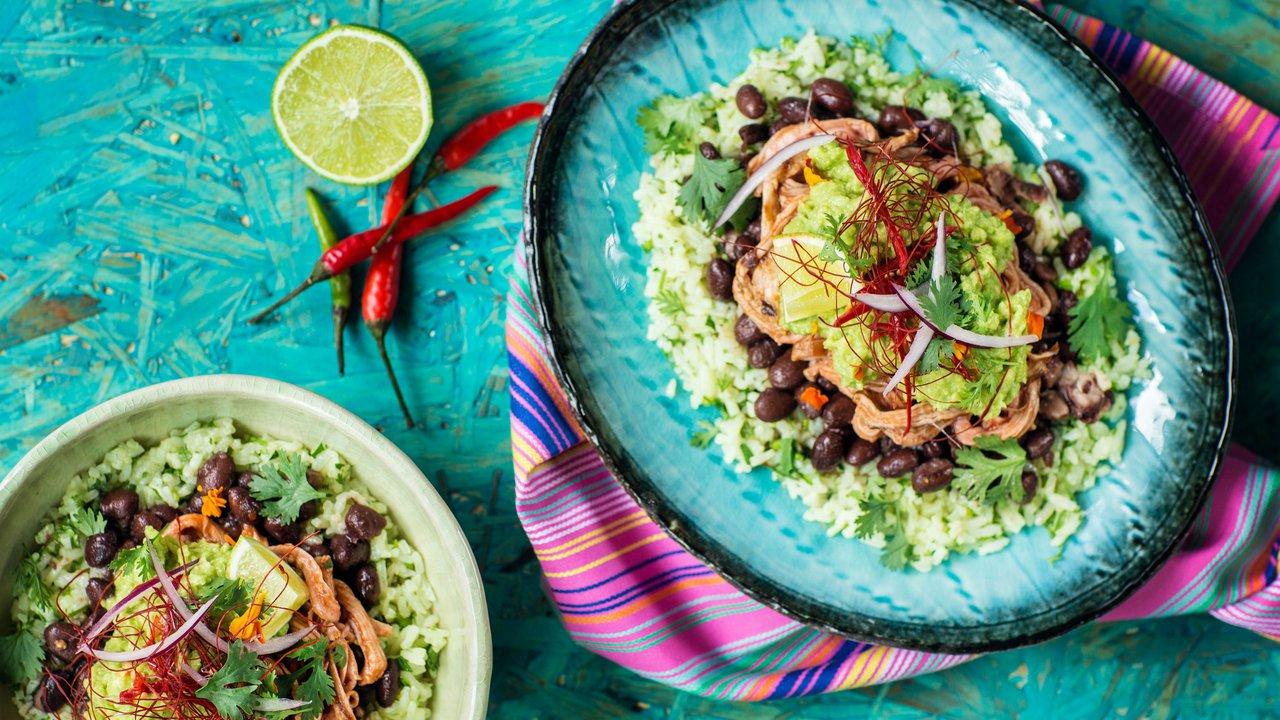 Mojo Pork – vepřové s černými kubánskými fazolemi a guacamole