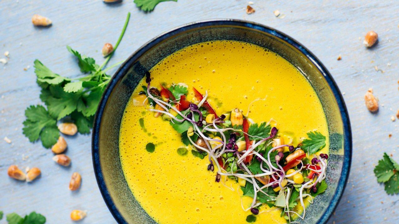 Kukuřičná polévka se zeleným kari