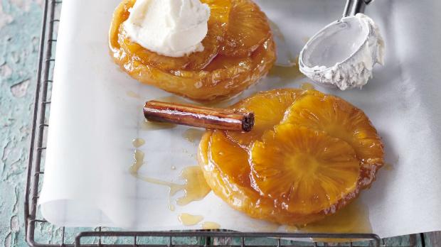 Ananasový tarte tatin