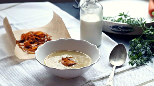 Mrkvová polévka s kardamomem