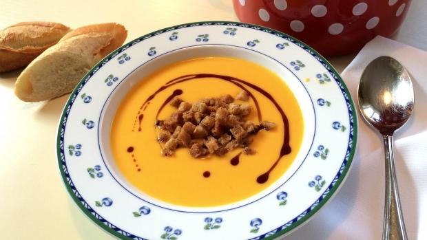 Dýňová polévka spomerančem zBabiččiny zahrady