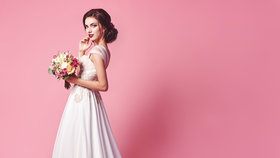 svatební šaty hlavní Foto: