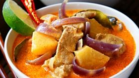 Červené thajské curry  Foto: Michal Šajmir