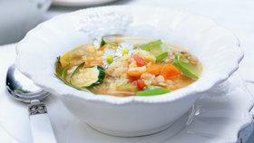 Zeleninová polévka s červenou čočkou Foto: