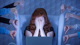 Závislost na sociálních sítích: Dejte jí kopačky! Foto: