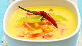 Thajská kuřecí polévka Tom Kha Gai  Foto: Michal Šajmir