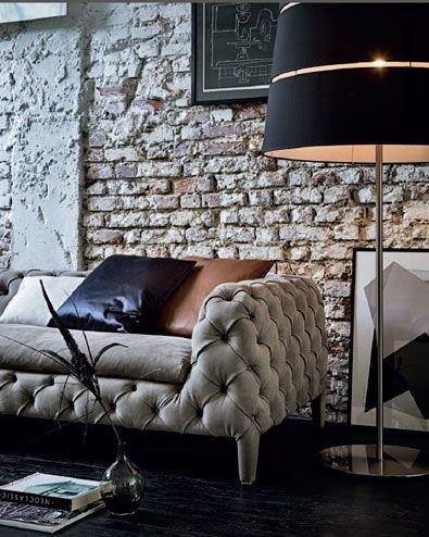 Nábytek v tmavých a tlumených barvách je sázkou na jistotu Foto: