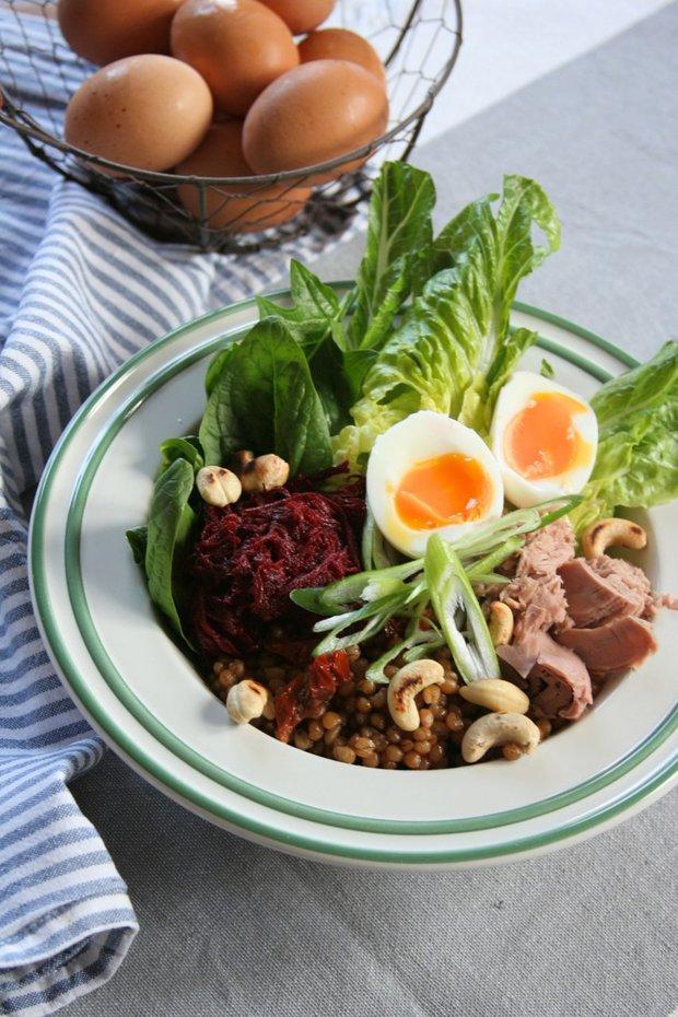 Salát z pšenice s tuňákem a vejcem 2 Foto: