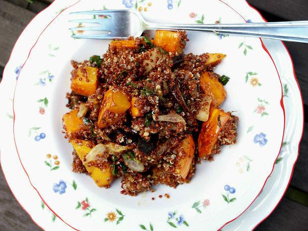 Červená quinoa s pečenou podzimní zeleninou  Foto: Klára Michalová