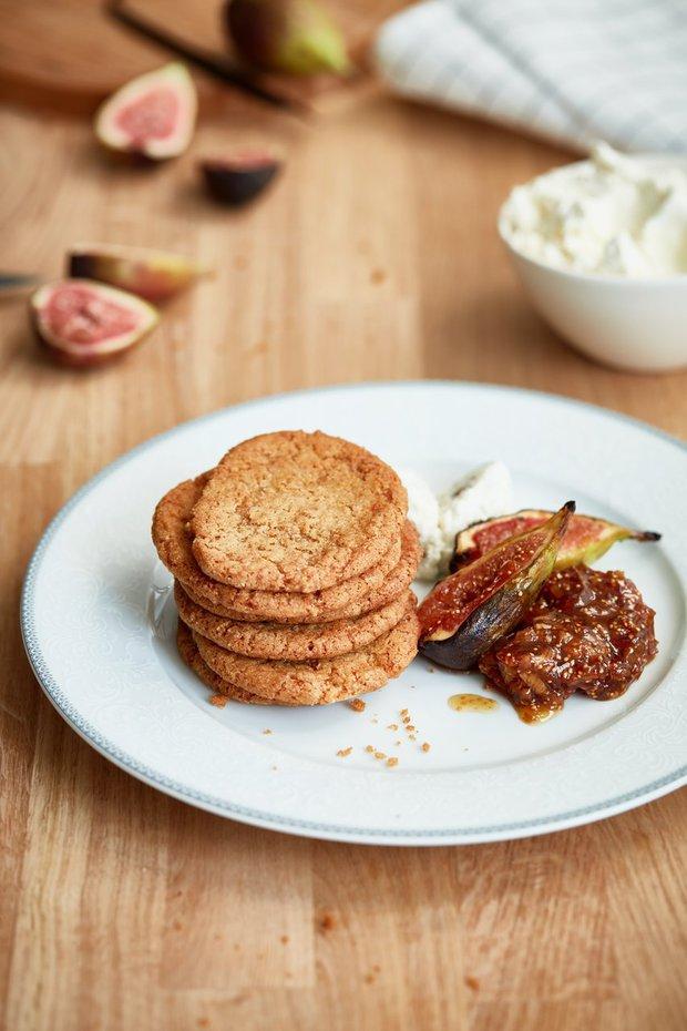 Křehké sušenky s fíkovým chutney Foto: