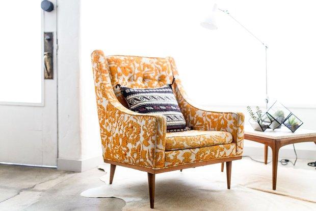Nožičky nábytku dodají místnosti na vzdušnosti Foto: