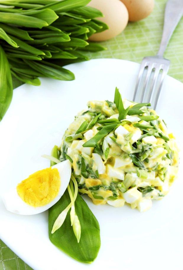 Vajíčkový salát s medvědím česnekem  Foto: