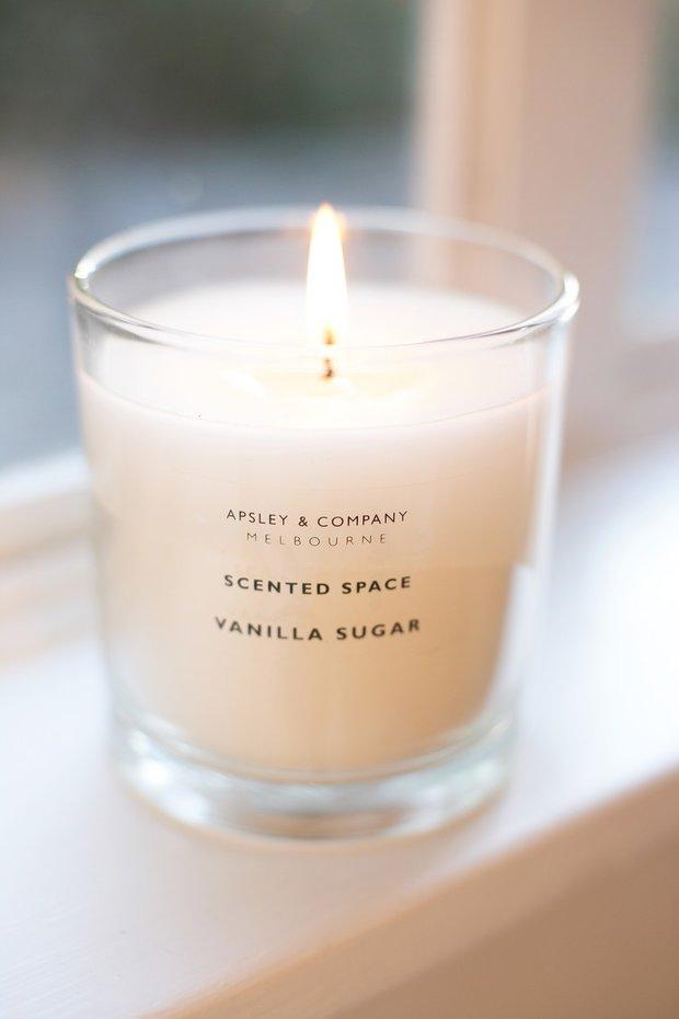 Zapalte si vanilkovou svíčku Foto: