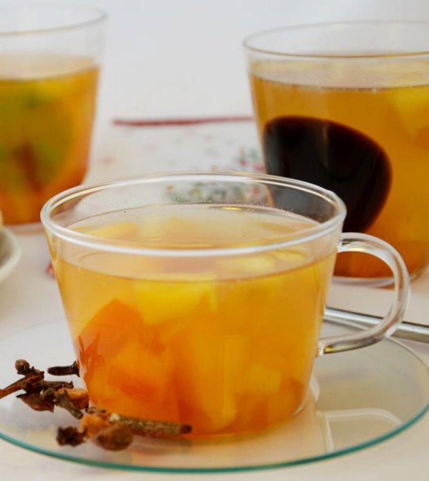 Domácí pečený čaj s kaki  Foto:
