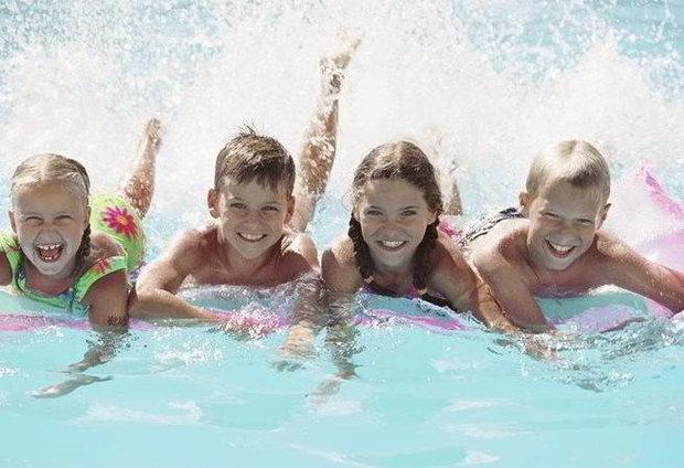 Děti za korunu v Aquapalace Čestlice Foto: