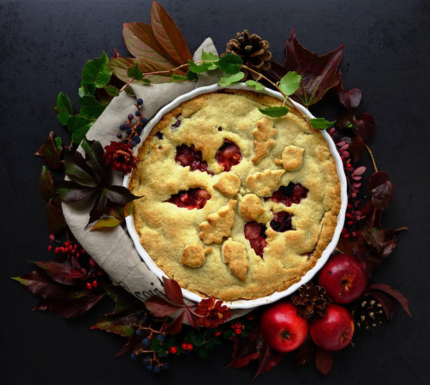 Jablečný koláč s ostružinami a zázvorem 2 Foto: