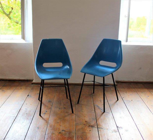 Staré židle Vertex, obě 4850 Kč Foto:
