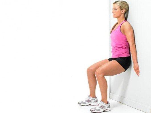 Bodyweight-Wall-Squat Foto: