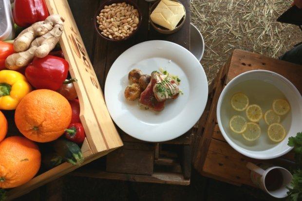 Grilovaný tuňák s česnekovými bramborami Foto:
