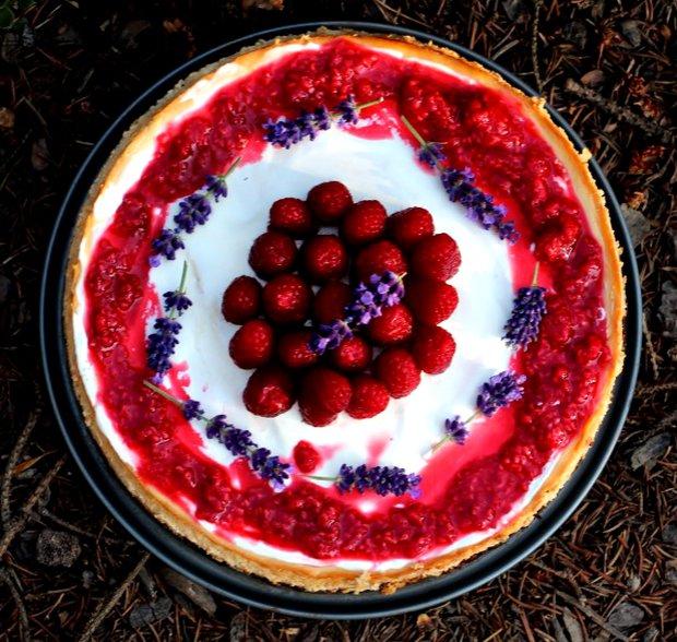Vanilkový cheesecake s malinami Foto: