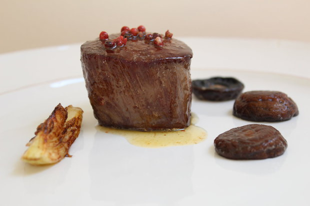 biftek na grilu Foto: