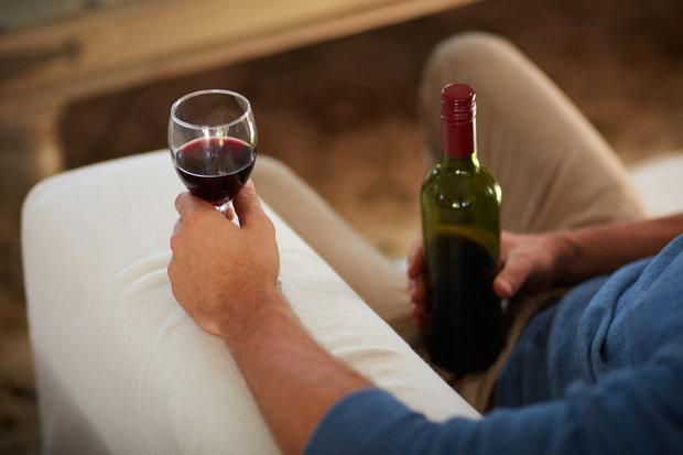 Víno pomůže usnout, ale rozhodně ne se dobře probudit Foto:
