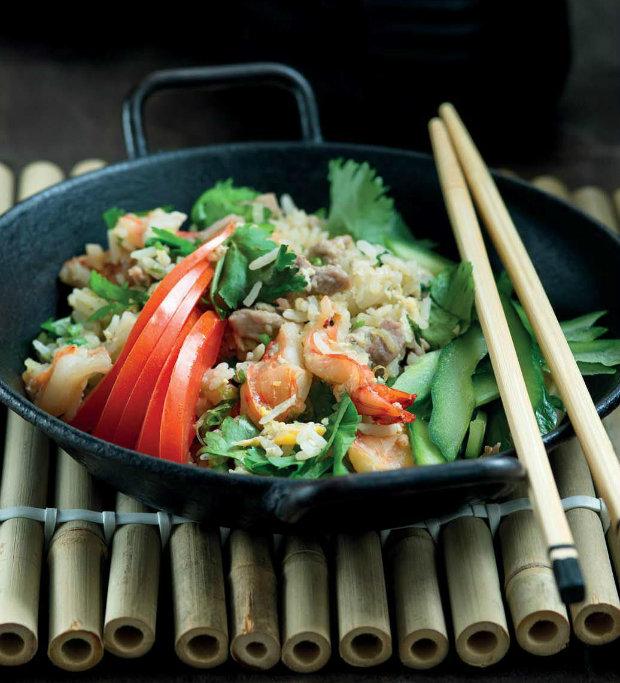 Thajská smažená rýže s vepřovým a krevetami Foto: Dobrého kari není nikdy dost...