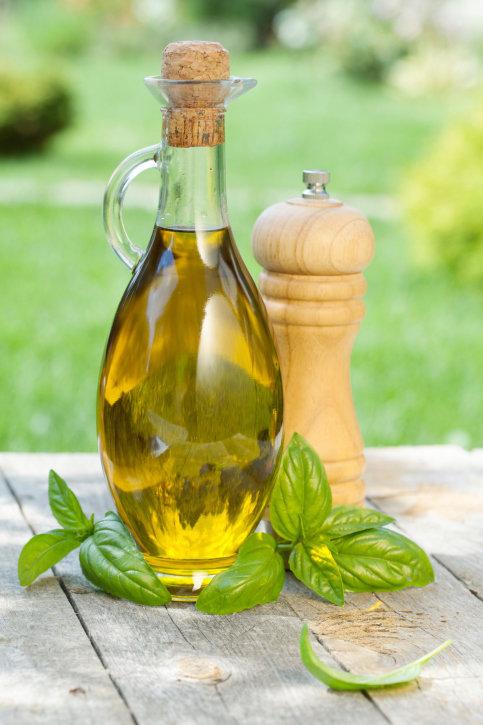 Příprava bazalkového oleje není žádná věda. Foto: