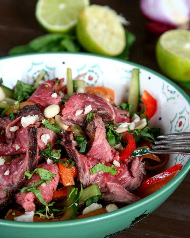 Thajský salát s hanger steakem  Foto: