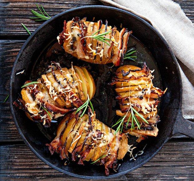 Propečené brambory se slaninou 1 Foto: