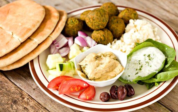 Falafel s pikantním dipem  Foto: