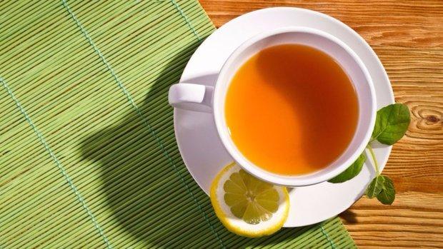 Přidejte do zeleného čaje někdy i kapku citronu Foto: